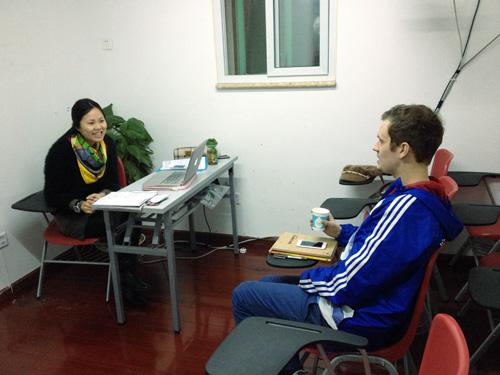 在汉语角教老外汉语